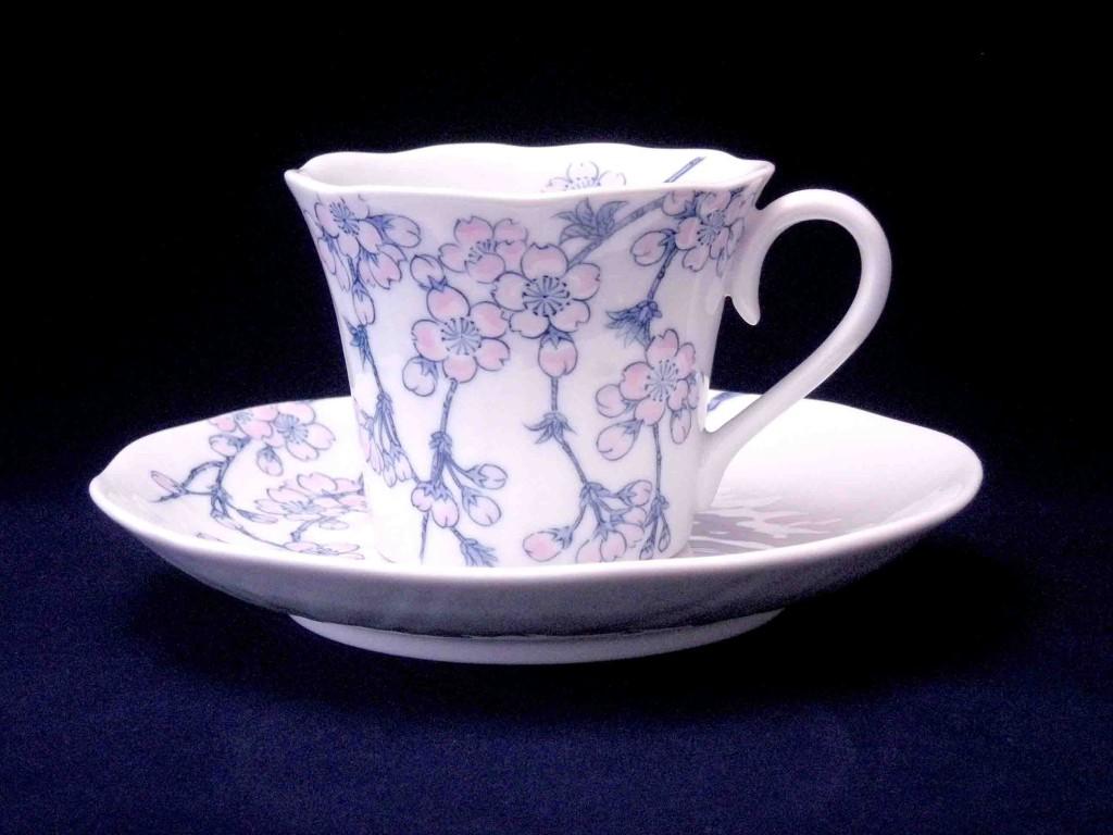 枝垂桜図碗皿
