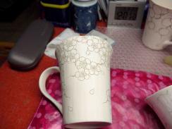 夜桜図のマグカップ 線描き